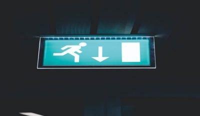 Illuminazione di emergenza nelle aziende